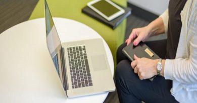 Tech companies face talent crunch in cloud, data